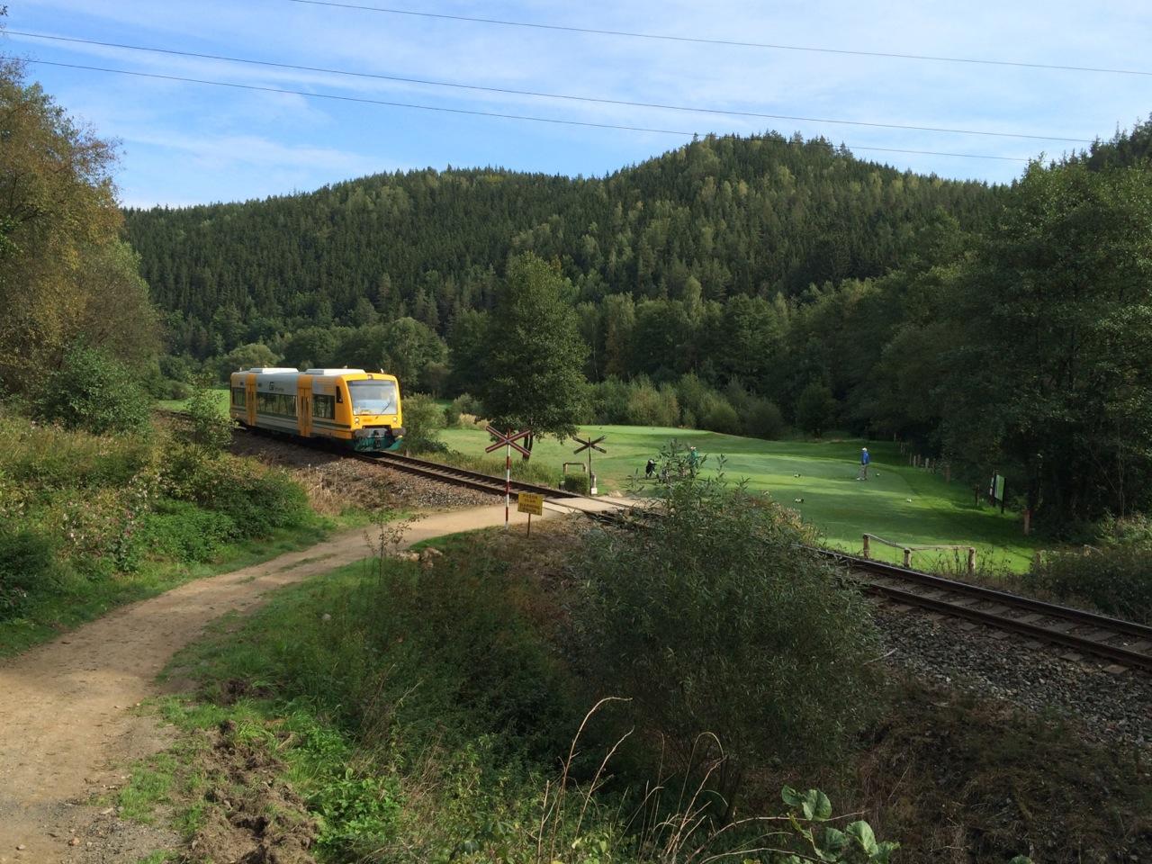 Die Eisenbahn an Loch 6