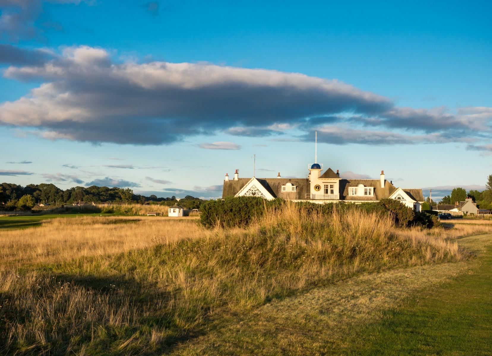 Das indisch angehauchte Clubhaus des Panmure Golf Club
