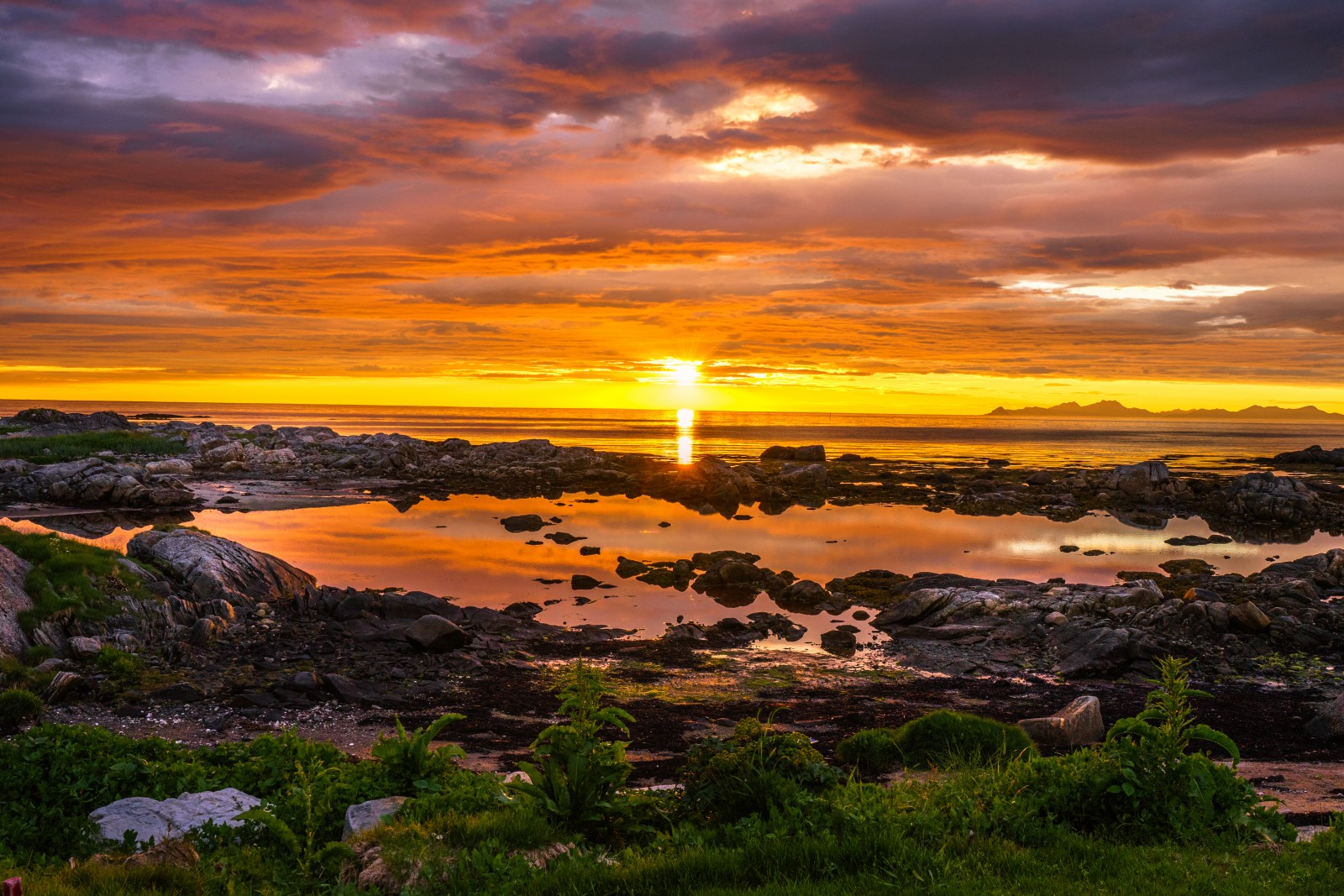 Lofoten Golf Links - ewiger Sonnenuntergang