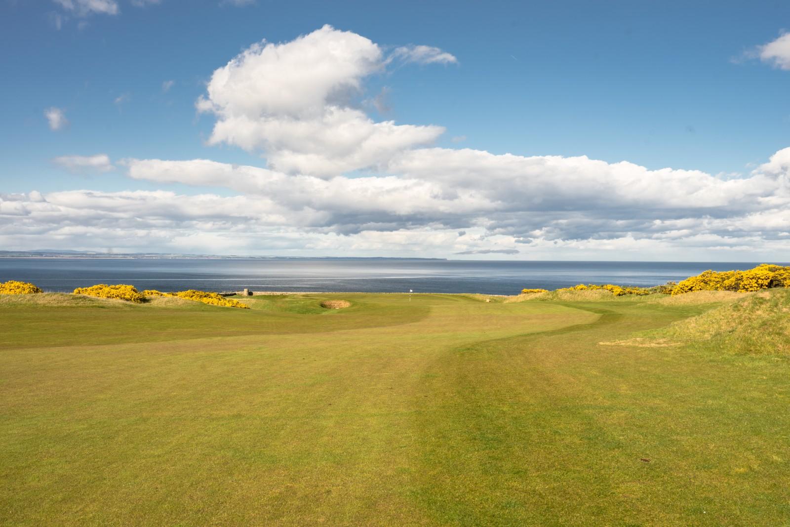 Torrance Course Loch 9